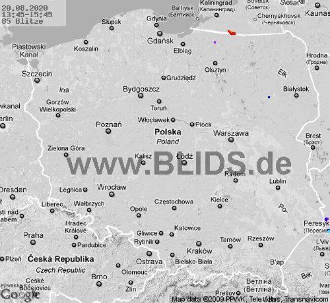 Ścieżka przechodzenia burz nad Polską w godzinach 13.45-15.45 (blids.de)